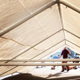 Tenda dei Popoli in costruzione - Baobab Experience