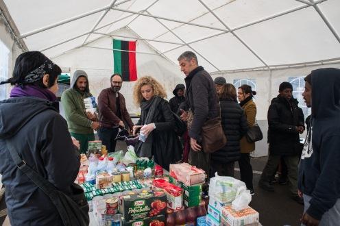 PIazzale Maslax- Tenda dei Popoli Distribuzione